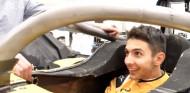Ocon adelanta que su altura no será problema en Renault - SoyMotor.com