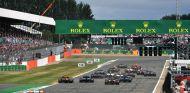 F1 por la mañana: Aston Martin pone condiciones a su ingreso en F1 - SoyMotor.com