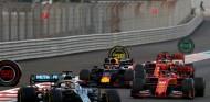 Lewis Hamilton lidera en el GP de Abu Dabi 2019 - SoyMotor.com