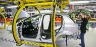 El coronavirus hace que se fabrique medio millón menos de coches en España - SoyMotor.com