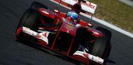 Fernando Alonso durante los primeros libres del GP de Corea - LaF1