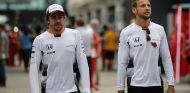 Fernando Alonso y Jenson Button en Interlagos - SoyMotor.com