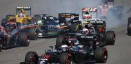 Fernando Alonso aclaró que los pilotos hablarán sobre las salidas en el GP de España - LaF1