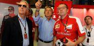 Luca di Montezemolo en el Gran Premio de Italia de 2013, entre Piero Ferrari y Stefano Domenicali - LaF1