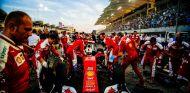 Ferrari está en el punto de mira de los tifosi tras llevar tantos años sin ganar el título - LaF1