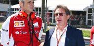 Maurizio Arrivabene y el presidente de Philip Morris, Louis Camilleri, en Monza - SoyMotor.com