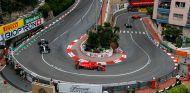 Los Ferrari y los Mercedes en Mónaco - SoyMotor.com