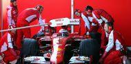 El SF15-T de Ferrari durante los test - LaF1.es