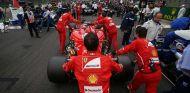 """Vettel niega otra crisis en Ferrari: """"Creo que Hungría será diferente"""" - SoyMotor.com"""