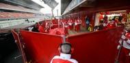 La FIA prohíbe a los equipos tapar sus coches en pretemporada - SoyMotor.com