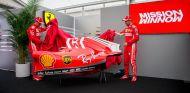 Räikkönen y Vettel presentan la nueva decoración - SoyMotor