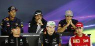 Rosberg, Hülkenberg, Vettel, Ricciardo, Alonso y Sainz, ante la prensa - LaF1