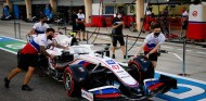 El Haas de Mick Schumacher en el GP de Baréin F1 2021 - SoyMotor.com