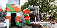 Camiones de Force India en la fábrica de Silverstone - LaF1