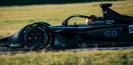 Más kilómetros para el Fórmula E de Mercedes: test en Varano