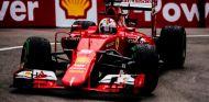 La velocidad no solo llega de las mejoras del coche, también del combustible - LaF1