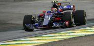Pierre Gasly durante el GP de Brasil 2017 - SoyMotor.com