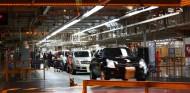 """Trump amenaza a General Motors con """"grandes impuestos"""" si fabrican en México - SoyMotor.com"""