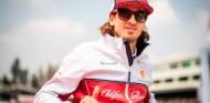 OFICIAL: Alfa Romeo renueva a Antonio Giovinazzi para 2020 - SoyMotor.com