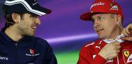 Antonio Giovinazzi y Kimi Räikkönen en Shanghái - SoyMotor.com