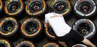Colección de compuestos de Pirelli duro y blando