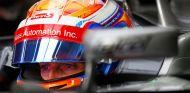 Romain Grosjean durante los test de Barcelona - LaF1