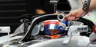 Grosjean, probando el halo durante el GP de Brasil 2016 - SoyMotor.com