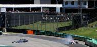 Romain Grosjean y Esteban Ocon en Brasil - SoyMotor.com