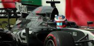 Grosjean durante el GP de Japón 2017 - SoyMotor.com