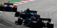 Grosjean propone una pantalla doble para dar más visibilidad a Sainz - SoyMotor.com
