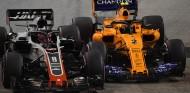 Romain Grosjean y Stoffel Vandoorne en Marina Bay - SoyMotor.com
