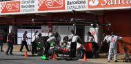 Haas en los tests del Circuit de Barcelona-Catalunya de 2016 - SoyMotor