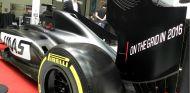 El coche de Haas, preparado para superar los 'crash test' - LaF1
