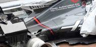 Daños en el VF-17 de Grosjean tras el accidente de Sepang - SoyMotor.com