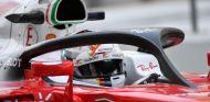 Vettel probando el halo durante el GP de Abu Dabi 2016 - SoyMotor