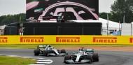 Los alerones delanteros nuevos no marcan la diferencia, según Hamilton - SoyMotor.com