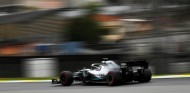 Hamilton se quita la careta en los Libres 3 de Brasil - SoyMotor.com