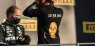 La FIA no investiga a Hamilton por su camiseta del podio de Mugello - SoyMotor.com