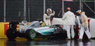Lewis Hamilton tras su accidente en Canadá - laF1