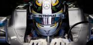 Hamilton deberá elegir su casco entre más de 8.000 modelos - SoyMotor