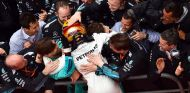 "Hamilton, a por la Pole en Baréin: ""¡Tengo que igualar a Senna!"" - SoyMotor.com"