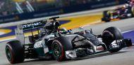 Hamilton no cambiará su estilo de pilotaje - LAF1.es