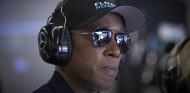 La F1 no debería volver tan pronto, según el padre de Hamilton - SoyMotor.com