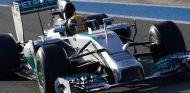 Lewis Hamilton y su W05 en Jerez - LaF1