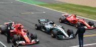 Hamilton, entre los Ferrari en el GP de Gran Bretaña - SoyMotor.com