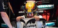 Lewis Hamilton con el halo en Spa-Francorchamps - SoyMotor.com
