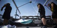 Mañana debutará el monoplaza de Mercedes para 2016 - LaF1
