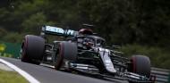 Hamilton domina los Libres 1 de Hungría con neumáticos duros - SoyMotor.com