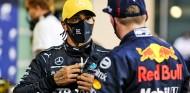 Lewis Hamilton y Max Verstappen en el GP de Abu Dabi F1 2020 - SoyMotor.com