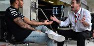 Lewis Hamilton y Nigel Mansell, imagen de archivo - SoyMotor